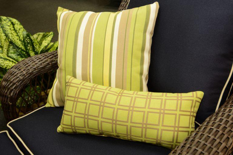 Almofada e tecido para almofadas para exterior GeoBella Amarelos / Verdes